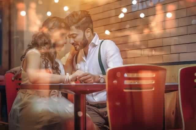 Fragen zum Verlieben - Paar Dating